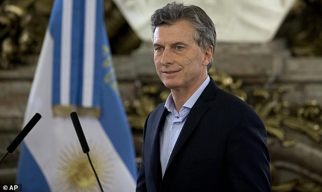 37dVGmcFzcbe4a19030a72444a4c-3624854-Argentine_President_Mauricio_Macri_pictured_in_April_was_briefly-a-60_1465019073931.jpg