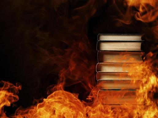 quemarán libros.jpg