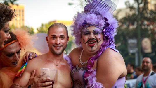 Participantes-en-una-Marcha-del-Orgullo-Gay