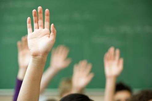 alumnas-manos.png