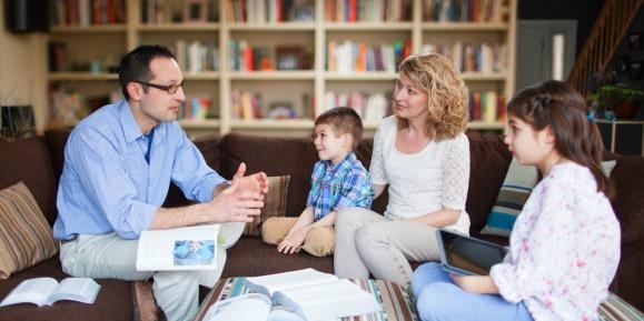 padres-hijos-enseñanza.jpg