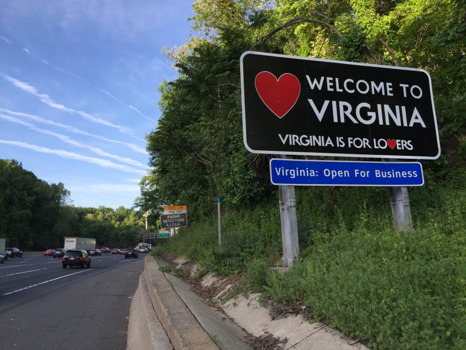 2015-05-14_07_16_15_Welcome_to_Virginia_sign_on_southbound_Interstate_495_(Capital_Beltway)_in_McLean,_Virginia.jpg