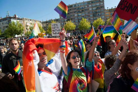 kosovo-gay-pride-parade_19900899.jpg