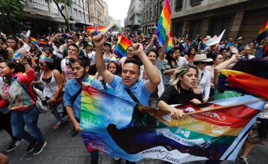 marcha_gay_2017_11irvin.jpg