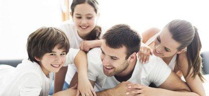 _padres-con-hijos-p.jpg