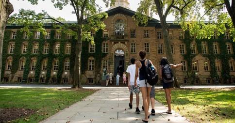 Ventajas-de-estudiar-en-Estados-Unidos-2-Ashton-Campion-Blog.jpg
